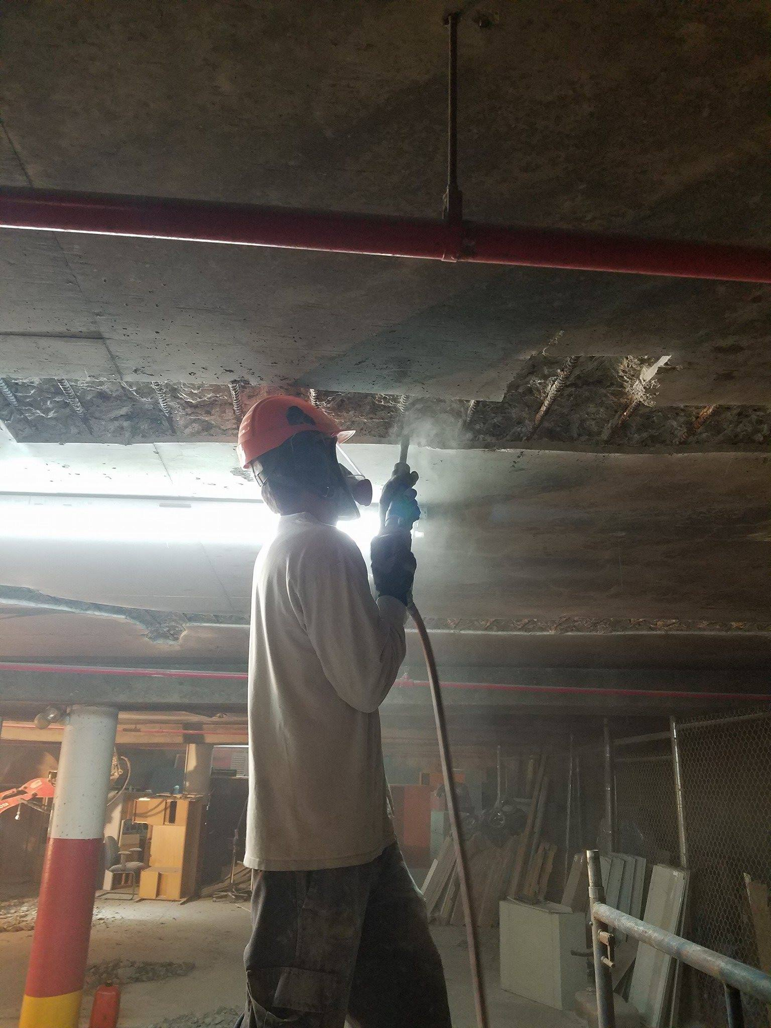 concrete parking garage repair contractor