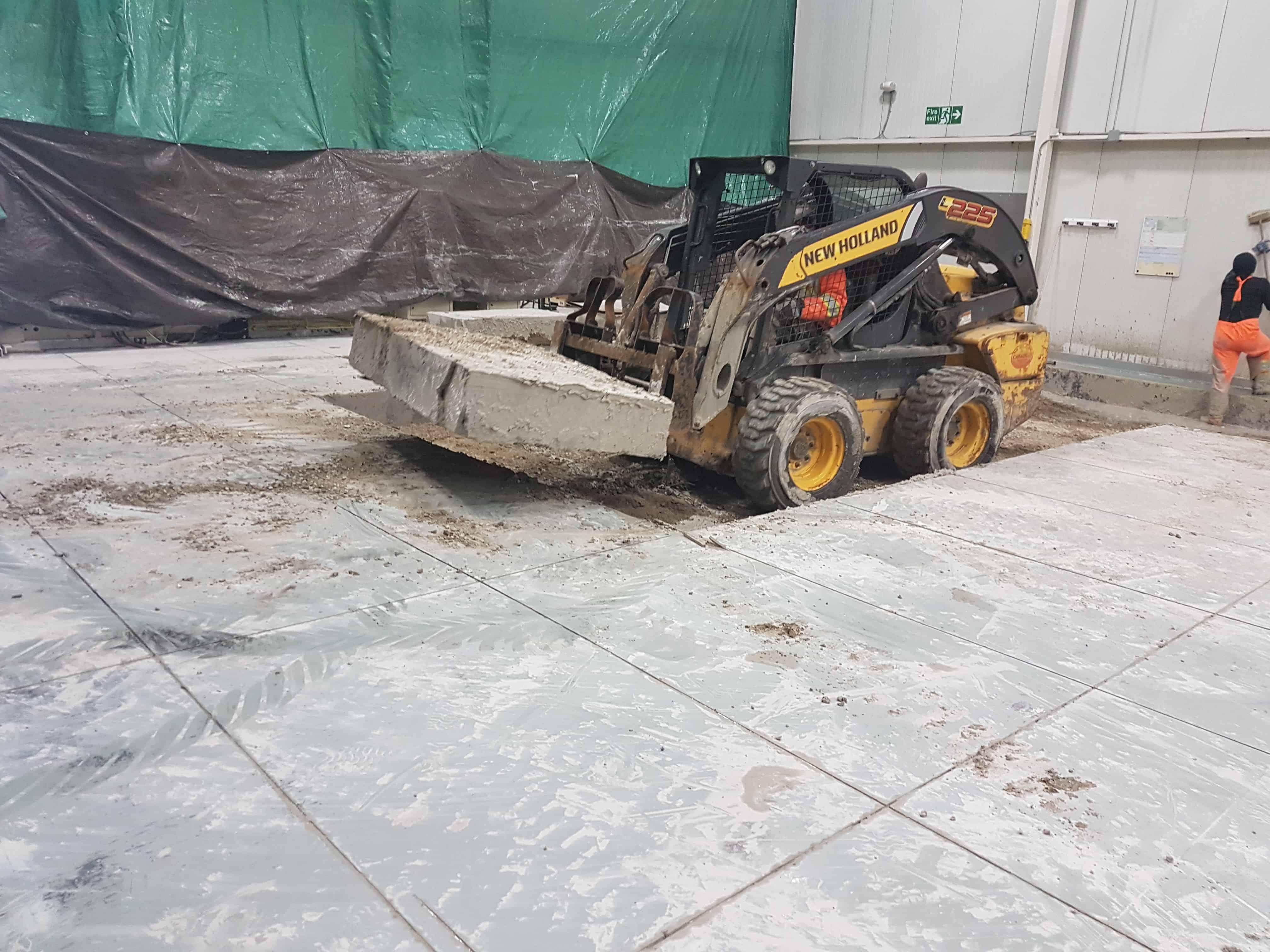 Montréal construction de fondation en béton pour machine